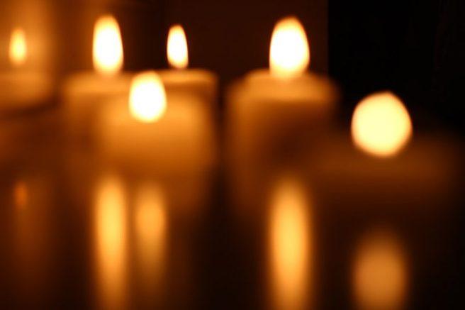 candles-blur-800x533